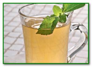 Чистка кишечника медом с водой