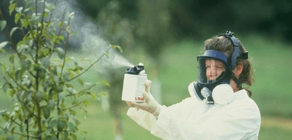 помощь отравлении ядохимикатами