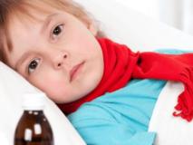 Какие препараты можно дать ребенку при рвоте первая помощь