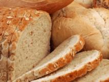 Отравление плесенью на хлебе: симптомы и лечение